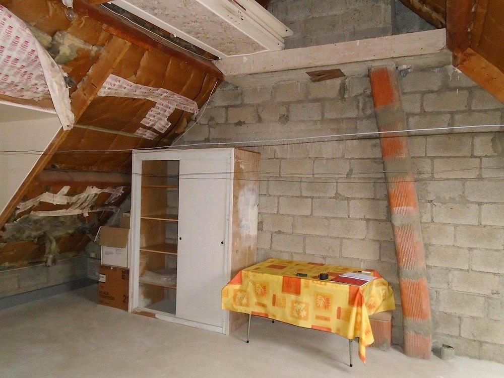 Isolation sous rampants de toiture par l'intérieur, avant travaux